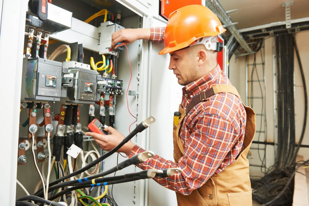 Electrician in Kent